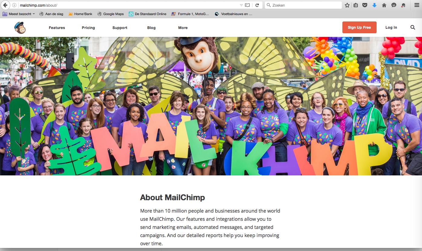 """De Mailchimp crew weet duidelijk waar de """"over ons""""-klepel hangt."""