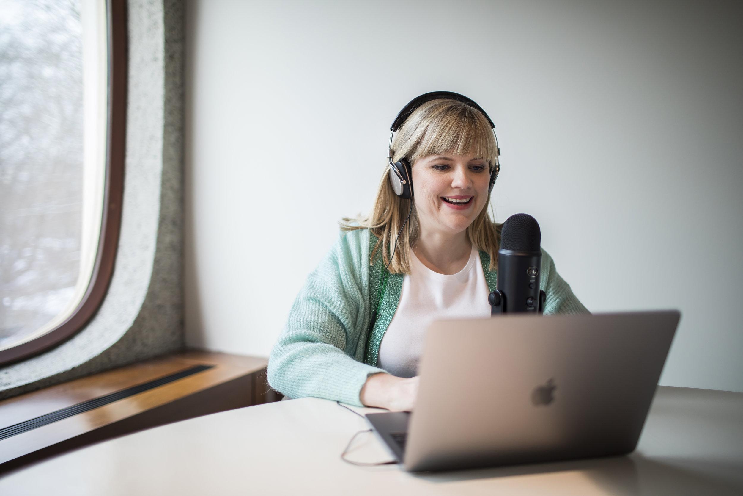 Na jaren podcasts verslonden te hebben, begon ik er zelf een in 2018.