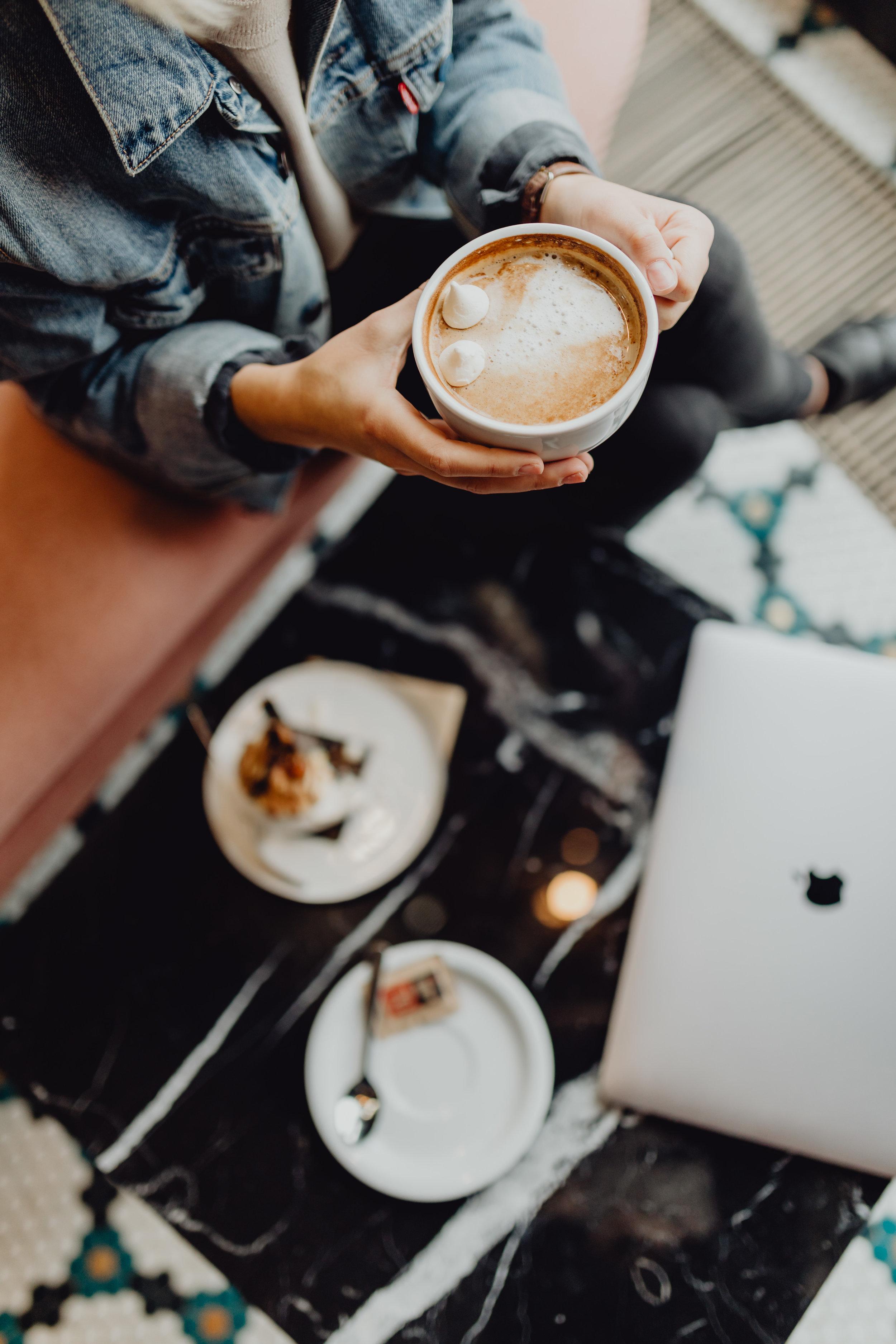 Meteen bij publicatie van je blogpost zorgen dat je extra manieren hebt klaarstaan om je post te promoten, bespaart je ongelofelijk veel tijd.