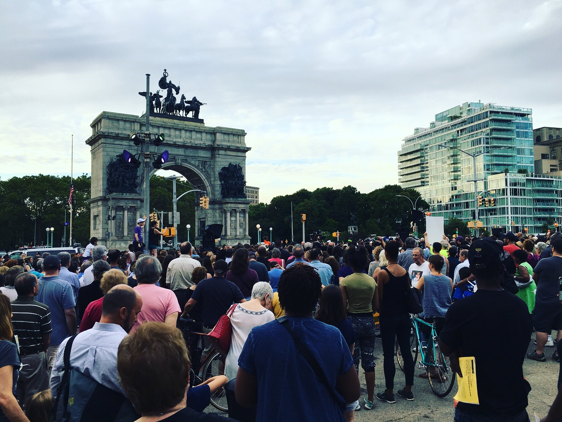 Hundreds from around the borough gathering to pray at Grand Army Plaza for unity, reconciliation and peace