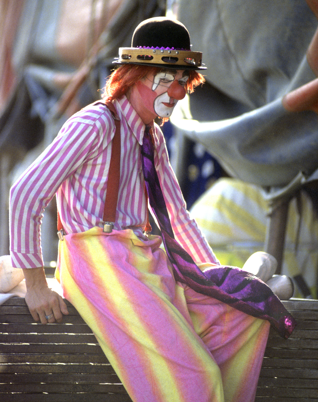 ClownBacklite11x14_C.jpg