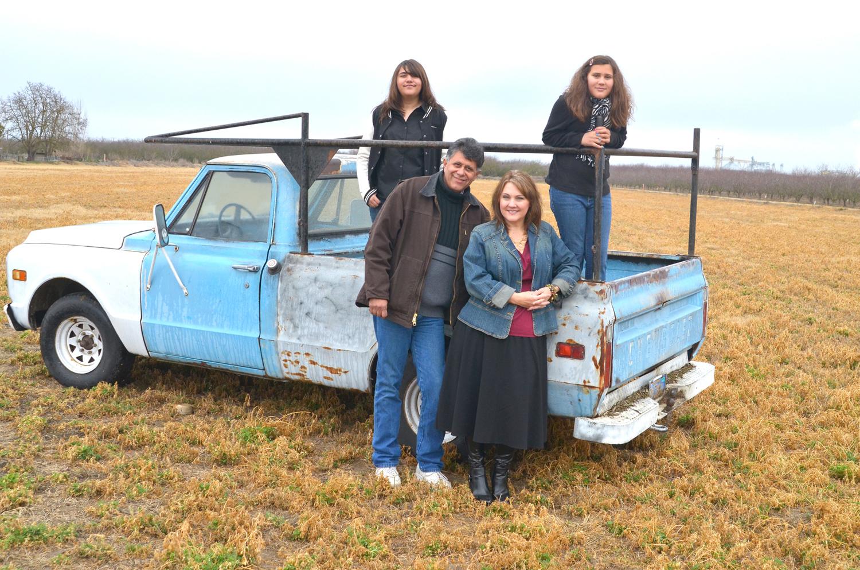 Beth&Family_0061.jpg