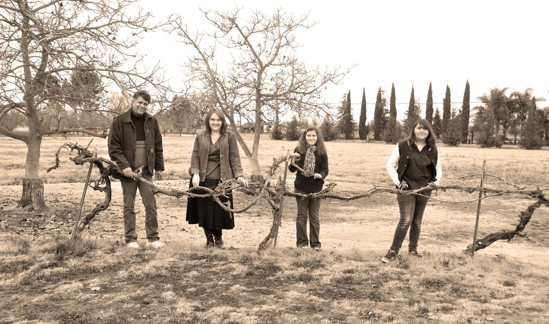 Beth&Family_0099.jpg