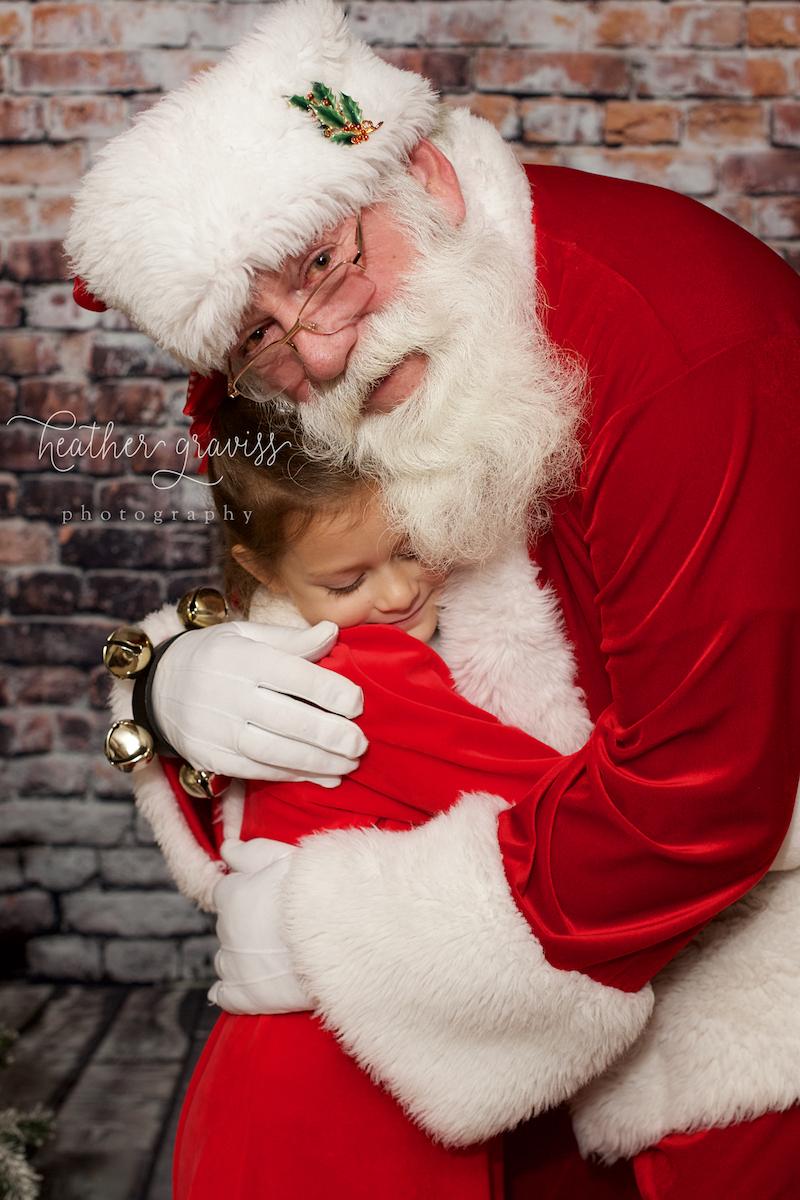 santa-hugs.jpg