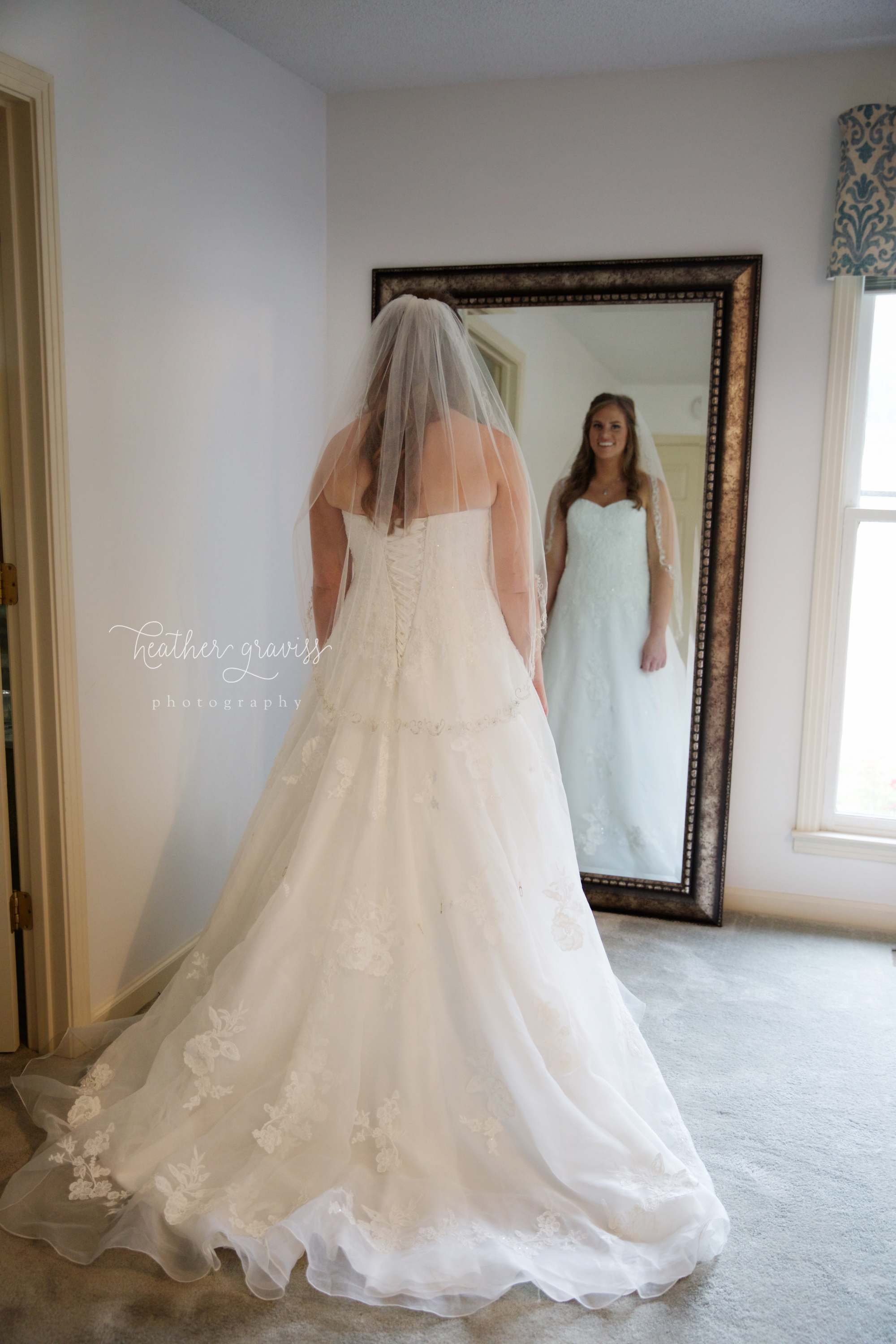 14 bride-looking-in-mirror.jpg