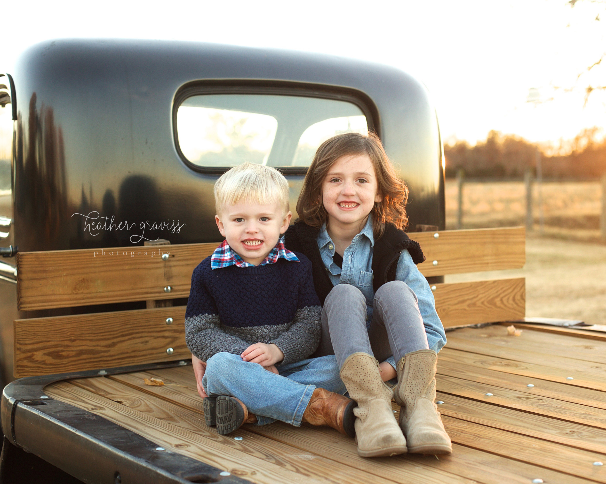 cuties-in-vintage-truck.jpg