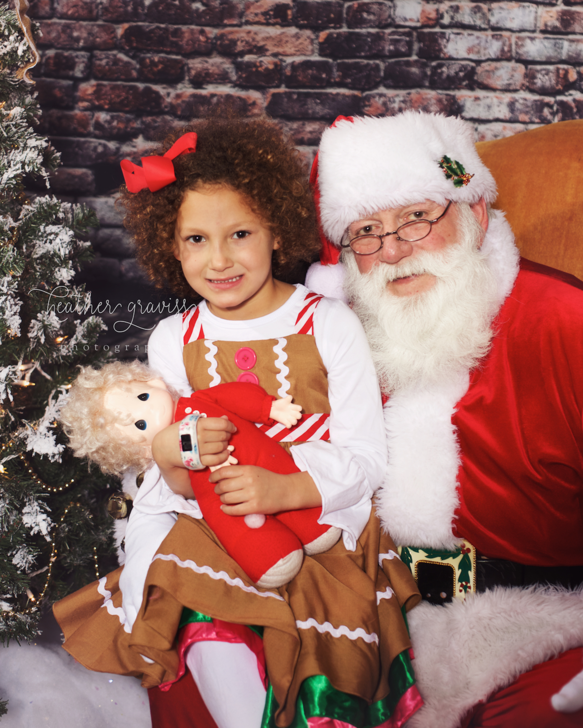 santa-and-curly-sue.jpg
