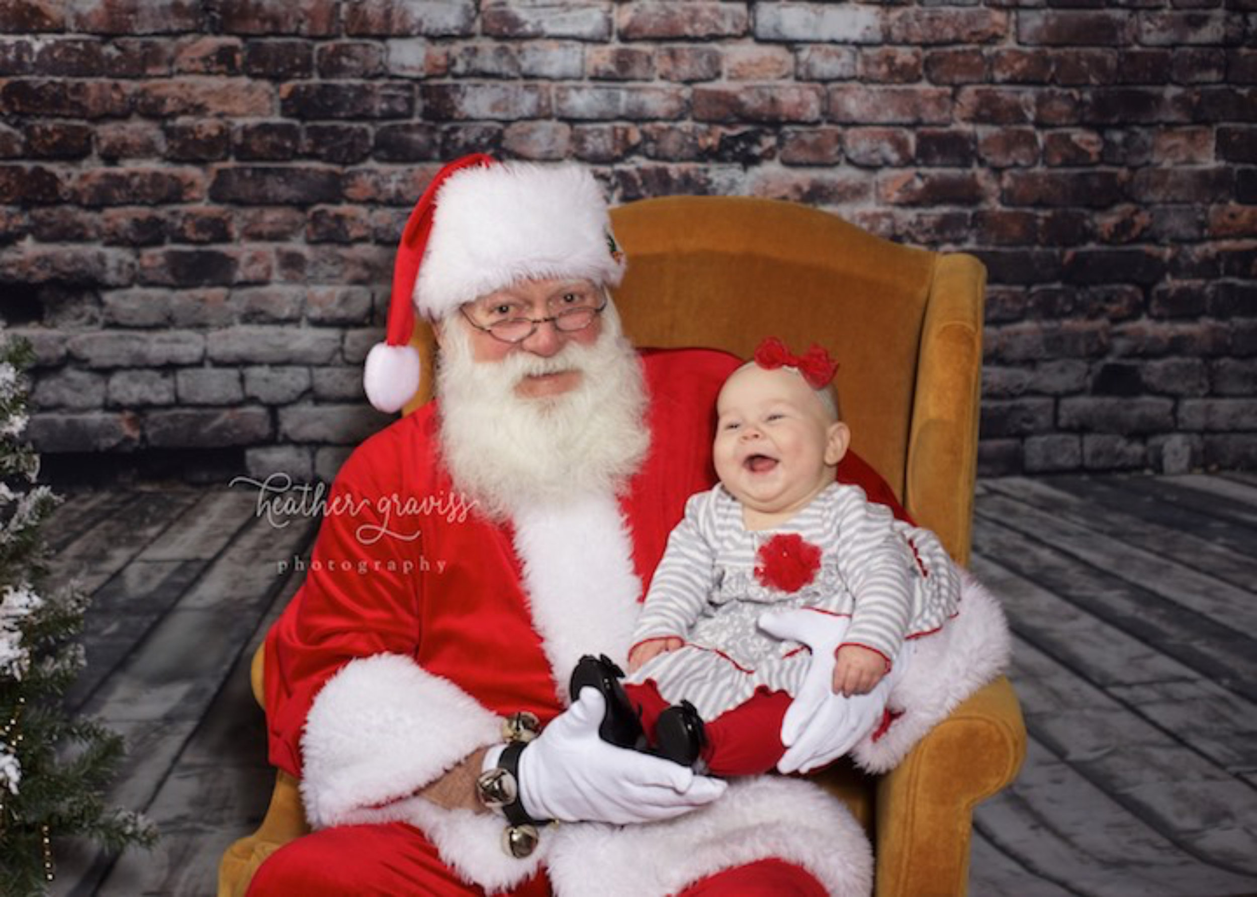 santa-is-so-funny.jpg