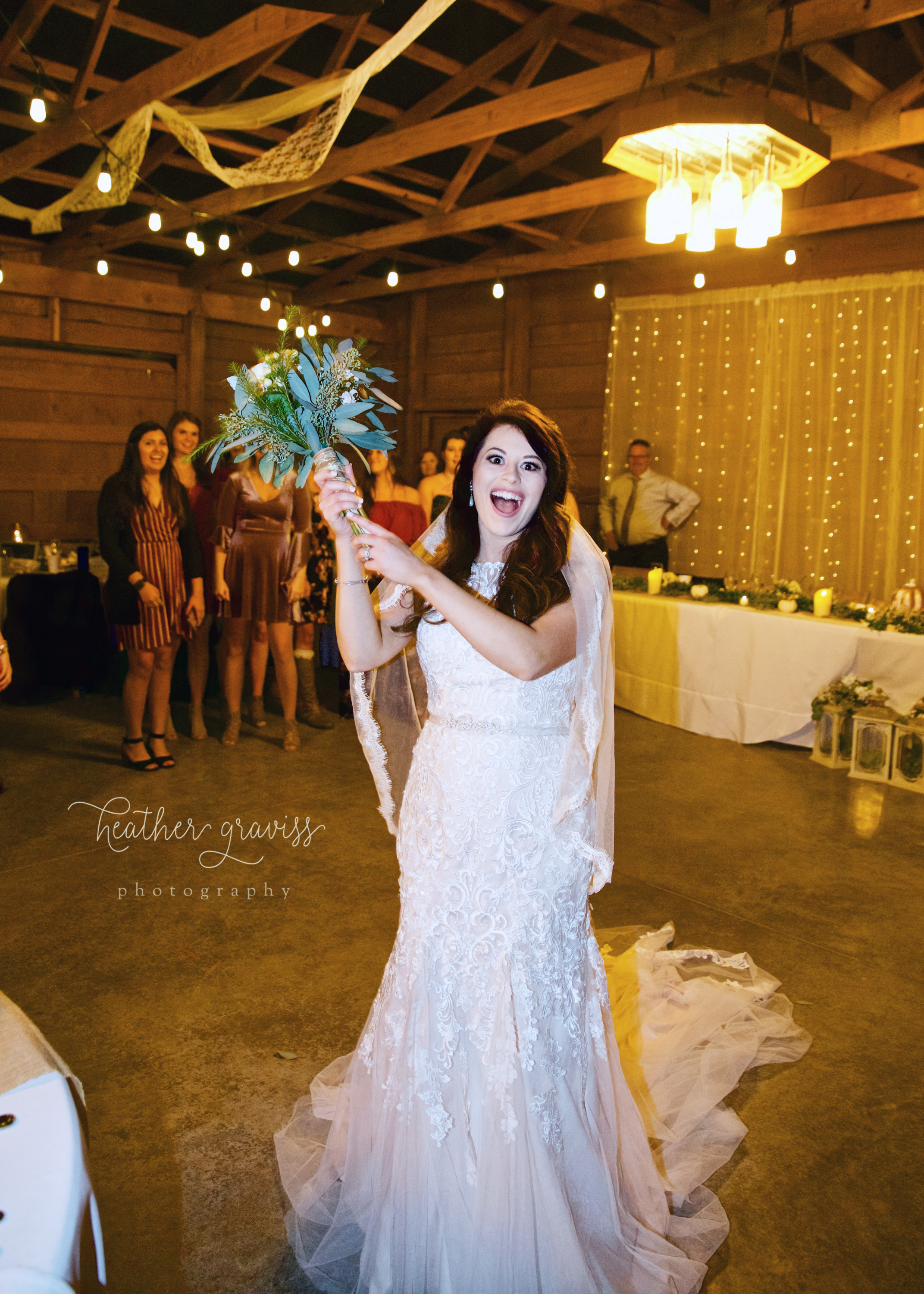 48-throwing-bouquet.jpg