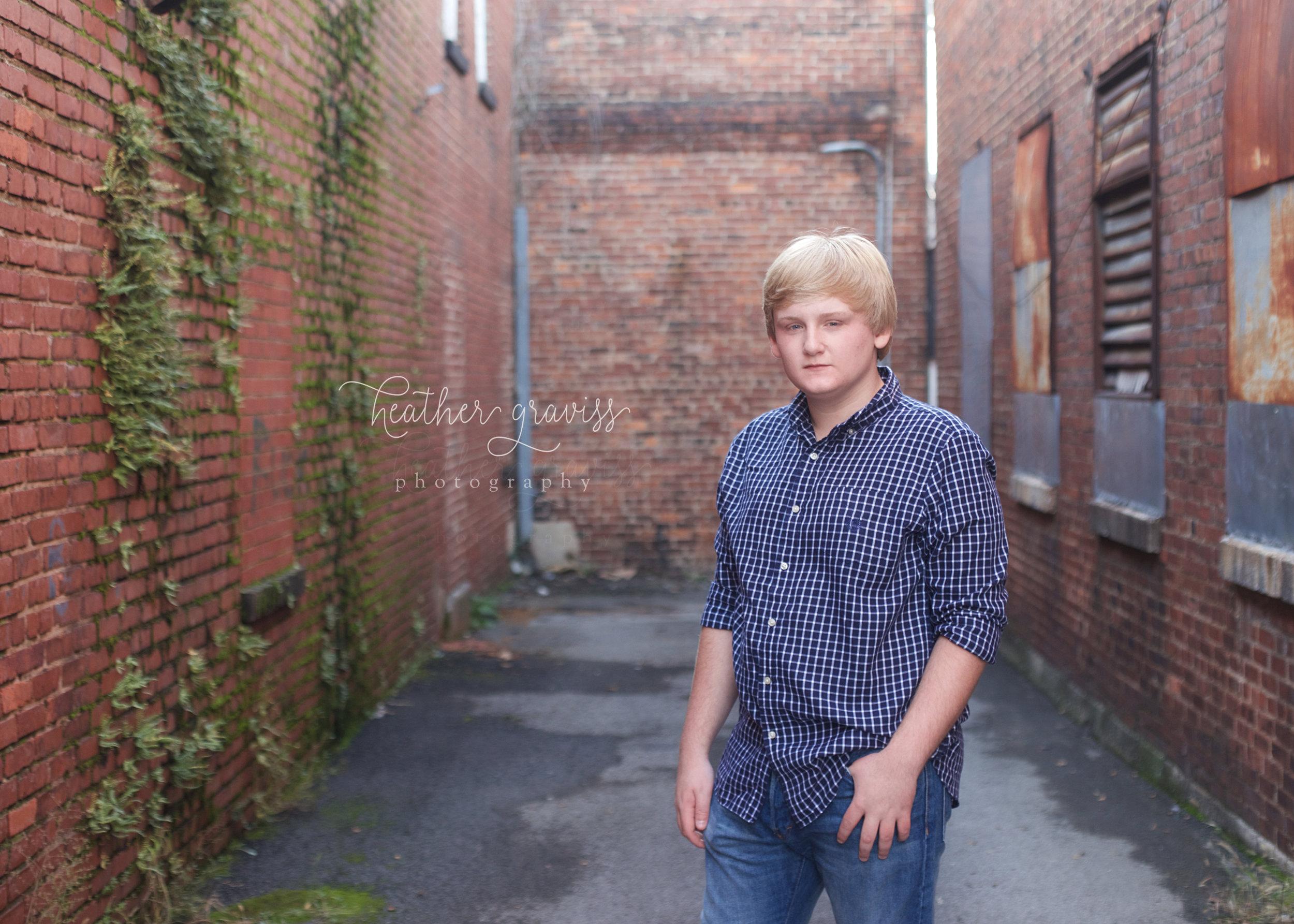 senior-guy-in-alley.jpg