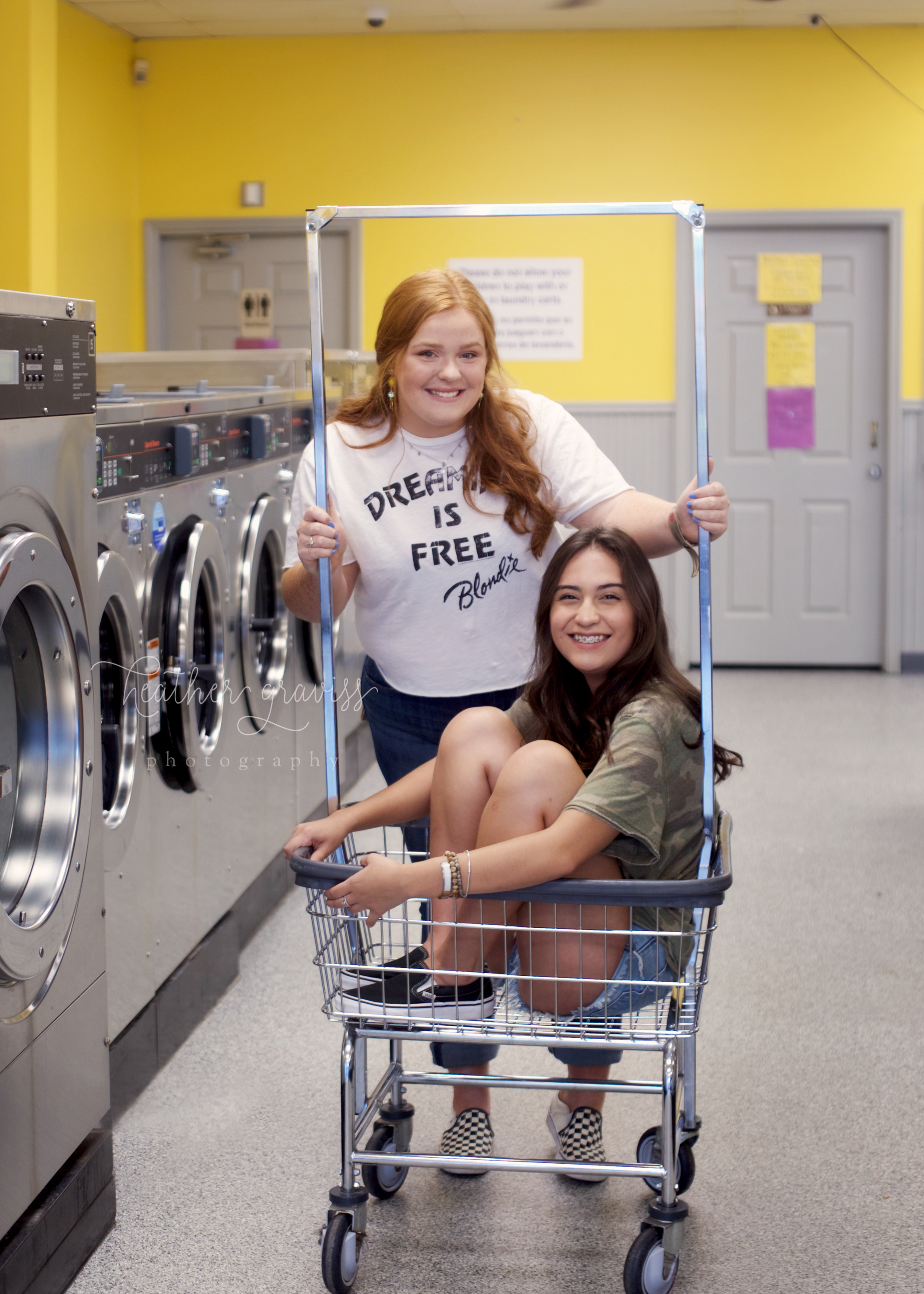 laundry-girls.jpg