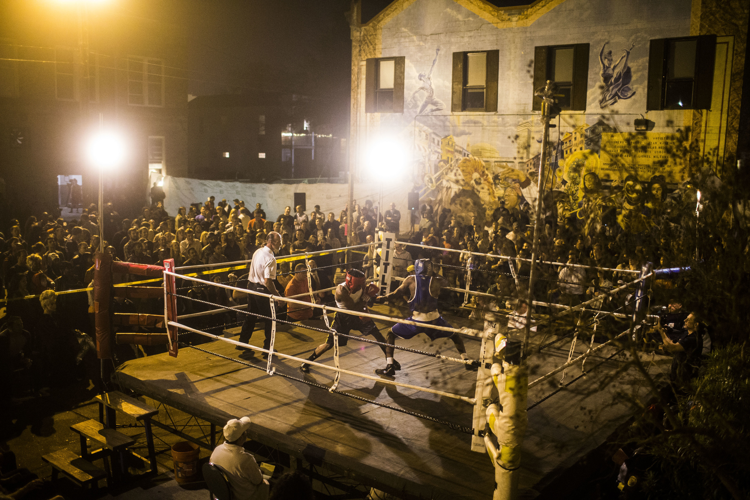 'Friday night fight', an amateur street boxing league
