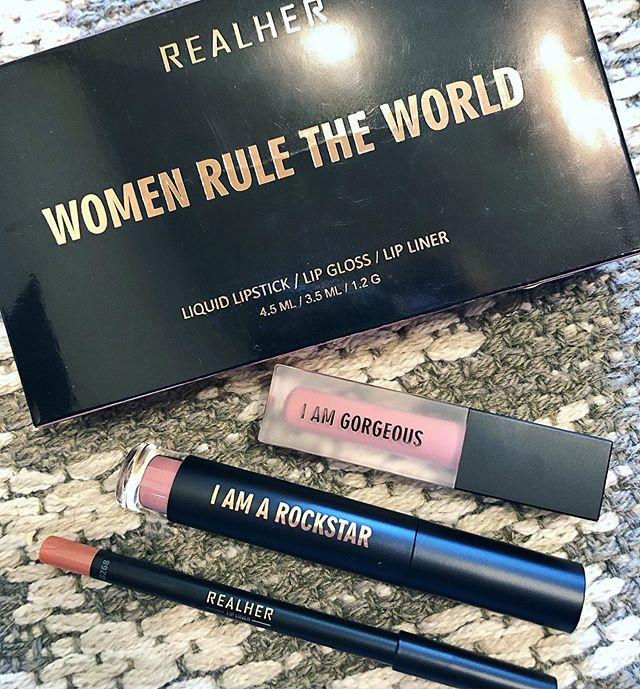 """I received this @realhermakeup Lip Kit for my birthday & am in LOOOOOOOVE!!!!!!!!! . First of all, the color name of this is...Women Rule The World...how perfect is that?!!?!! . If you know me at all, you know I'm obsessed with pink lips...dark pink, fuchsia, nude pink, peachy pink...PAAAANK (as my tiny human says). . This is seriously my new favorite pink! . This kit comes with a lip liner, matte liquid lipstick and gloss. . The liner is VERY smooth & doesn't skip at all. . The matte liquid isn't drying & actually goes on feeling creamy & not heavy or chunky. . The gloss is light, moisturizing & smooth instead of sticky. . . I love getting behind quality companies, especially when they're on board with women FEELING beautiful & finding their TRUE beauty. . Here's a bit from the creator of the company: . """"Our mission is to inspire and bring out the best in every individual, to know their worth, to feel proud of their individuality, to love each and every one of their flaws, and to not fear who they really are. Each product comes with a self – affirmation to remind us every day that we are enough."""" - Bill Xiang . LOOOOOVE! . No I'm not being paid or compensated at all for this. . I love the product & believe in them. . . . #mua #makeupartist #lips #realher #promua #promakeupartist #dfwmua #dfwmakeupartist #beauty #products #lipkit #realmakeupforrealwomen #realmakeupforrealpeople"""