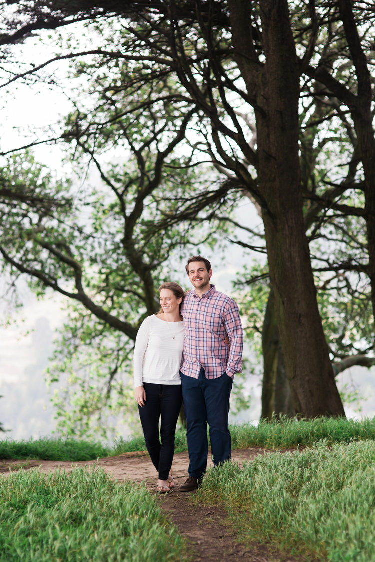 berkeley-claremont-canyon-regional-preserve-engagement-photography-lilouette-09.jpg