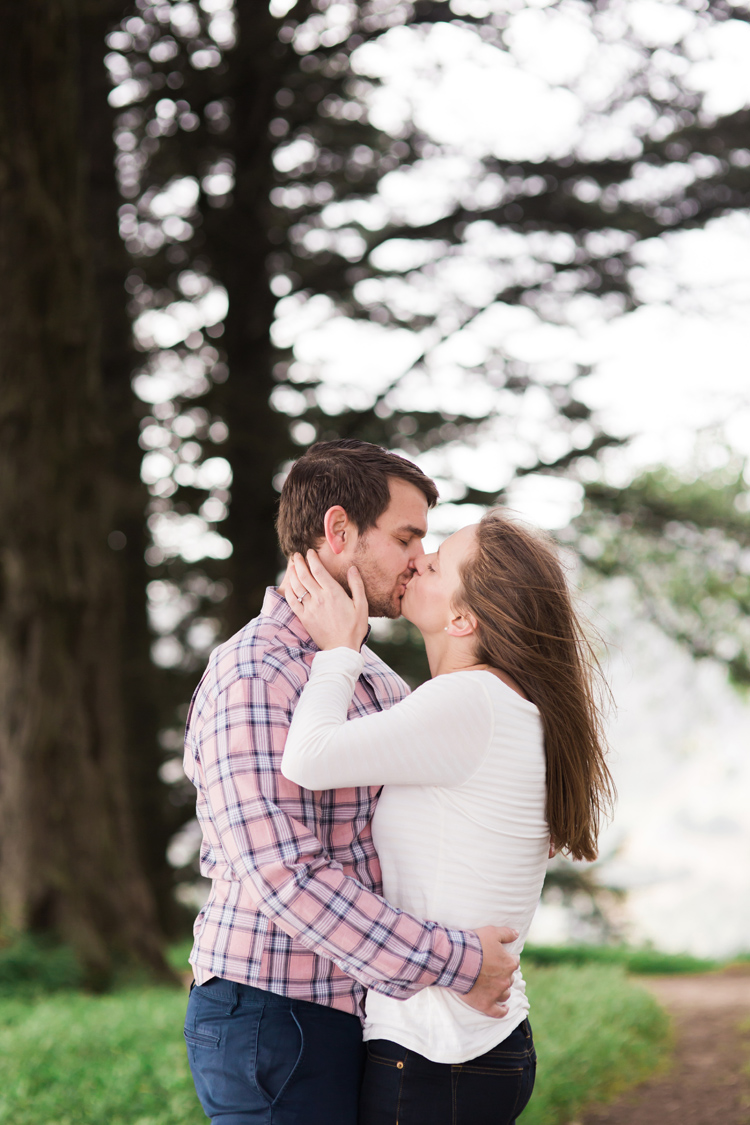 berkeley-claremont-canyon-regional-preserve-engagement-photography-lilouette-12.jpg
