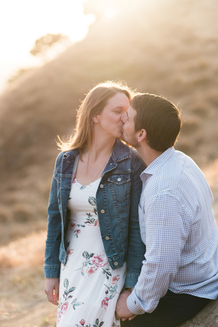 berkeley-claremont-canyon-regional-preserve-engagement-photography-lilouette-28.jpg