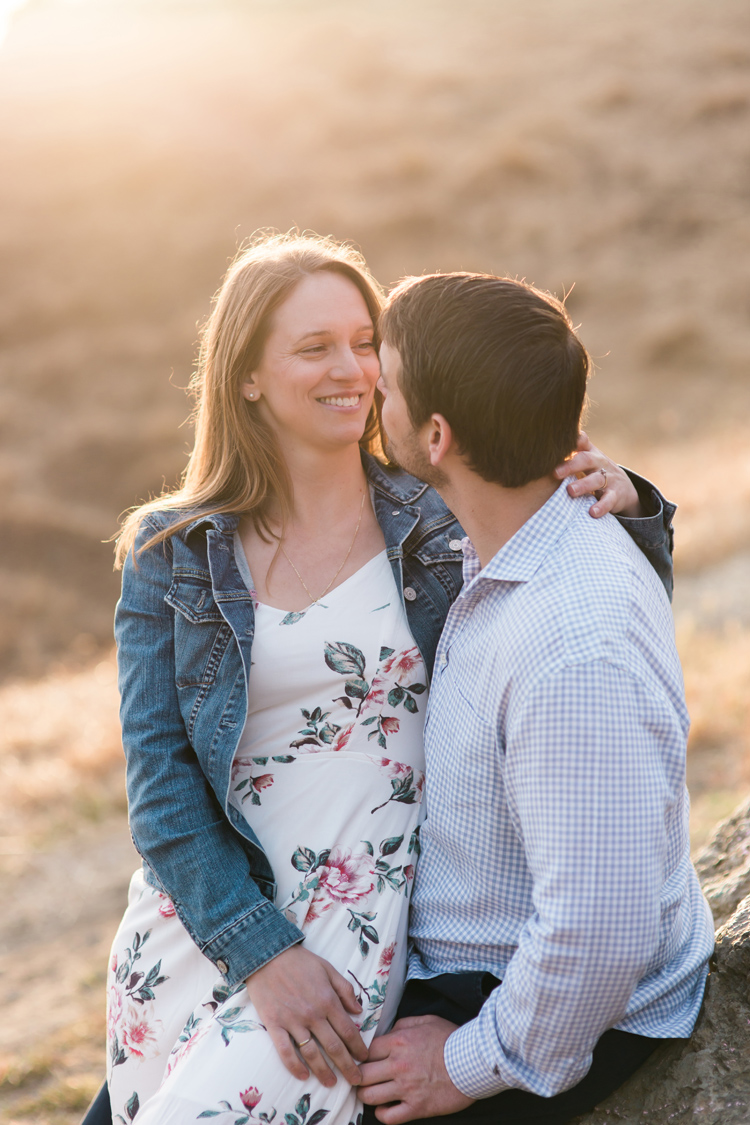 berkeley-claremont-canyon-regional-preserve-engagement-photography-lilouette-30.jpg