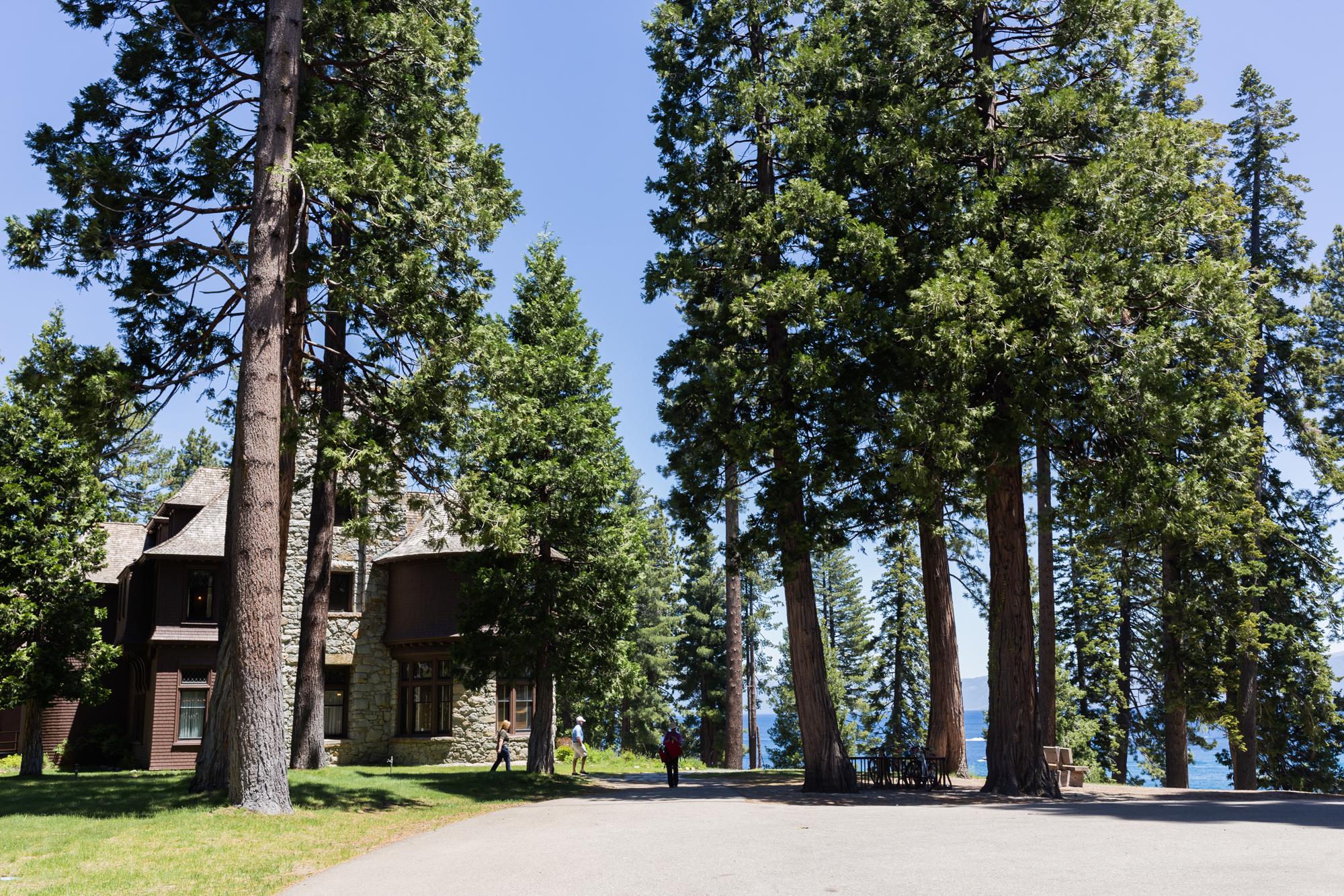lake-tahoe-hellman-ehrman-mansion-wedding-lilouette-008.jpg