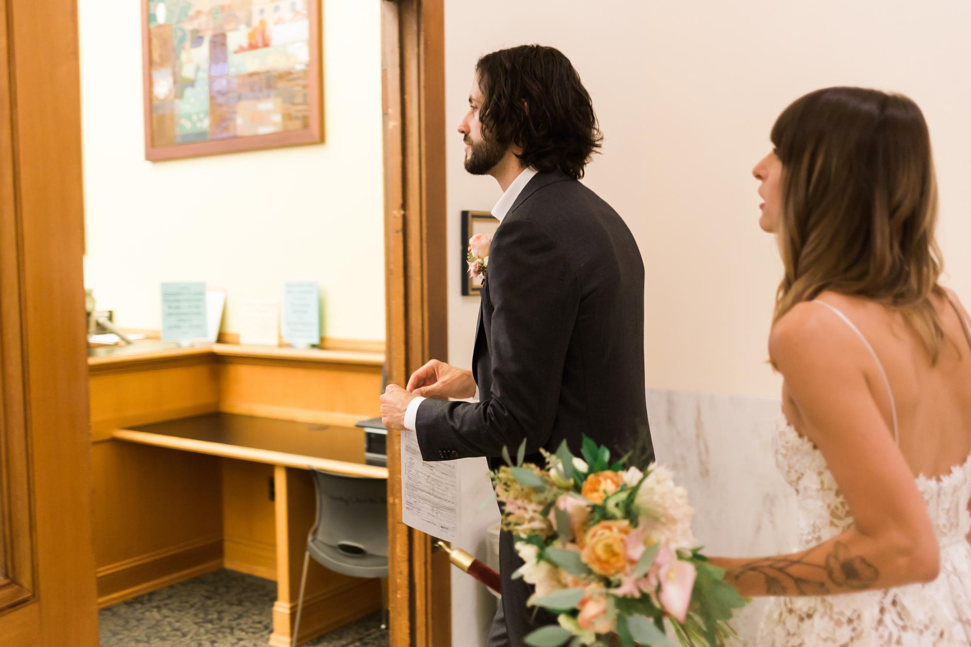 san-francisco-city-hall-elopement-lilouette-08.jpg