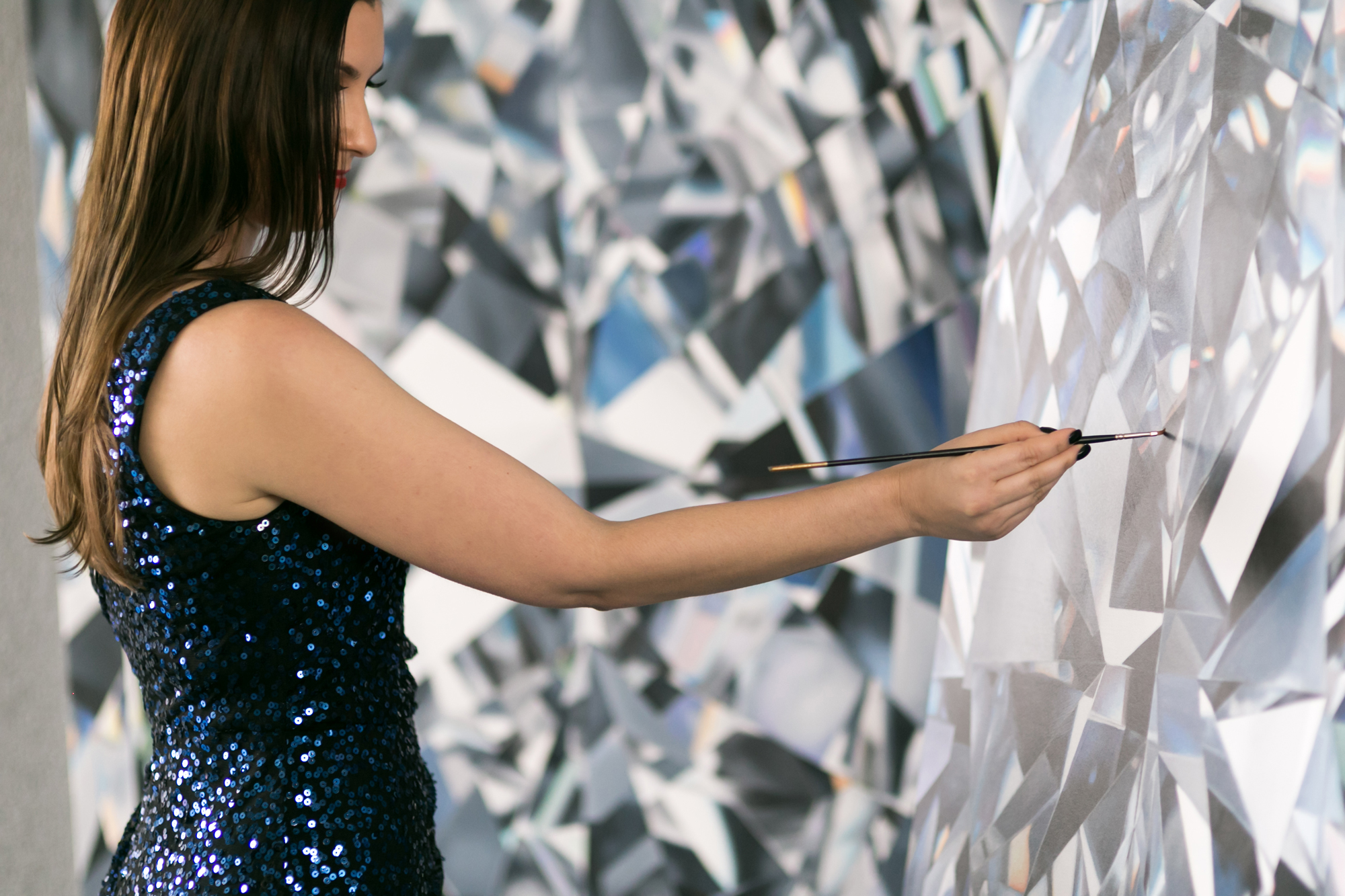 angie-crabgree-diamond-painter-artist-portrait-lilouette-3.jpg