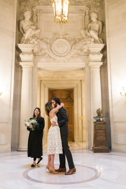 san-francisco-city-hall-elopement-lilouette-17.jpg