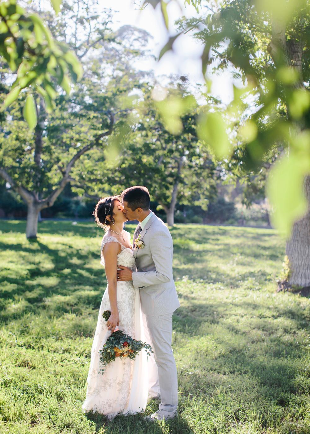 walnut-grove-los-angeles-wedding-photography-lilouette-46.jpg