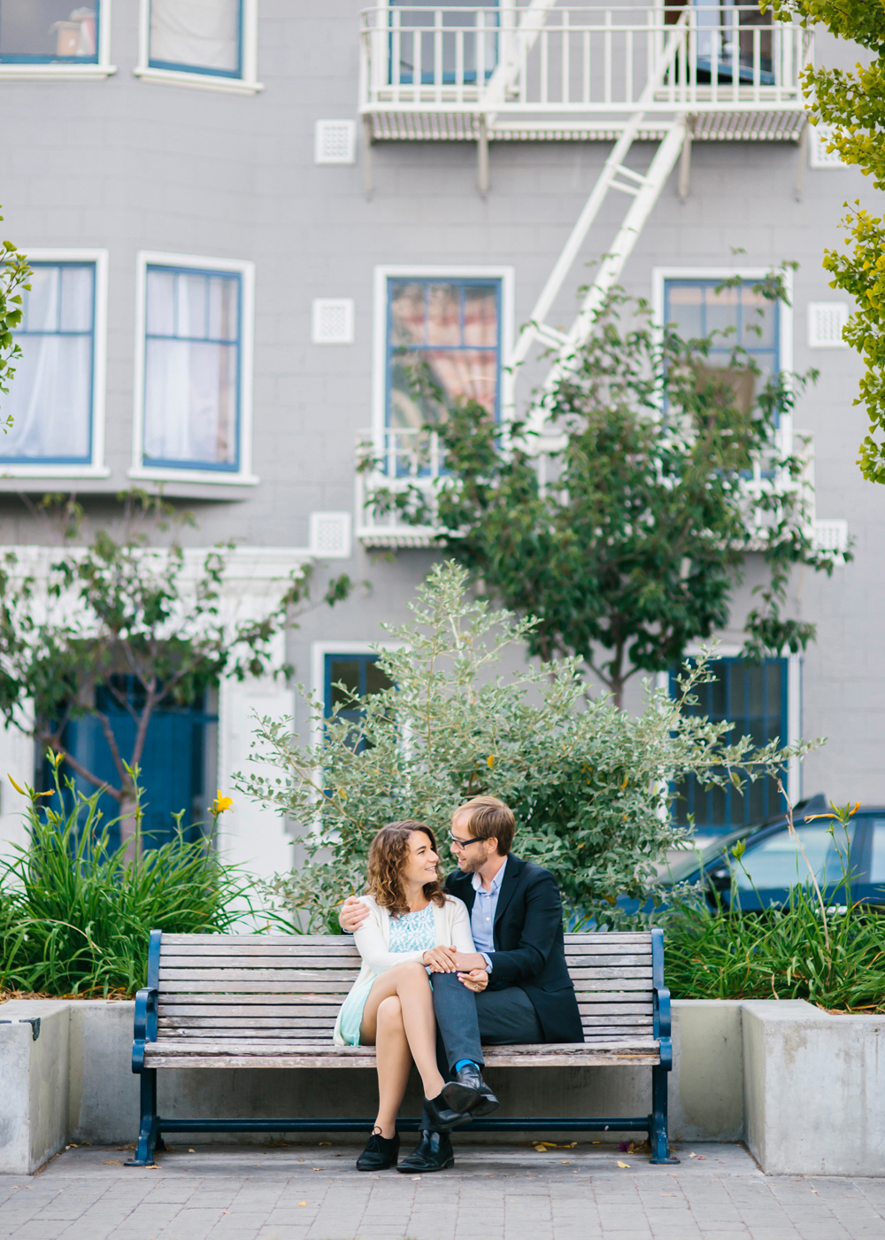 hayes-valley-alamo-square-sf-engagement-photography-lilouette-05.jpg