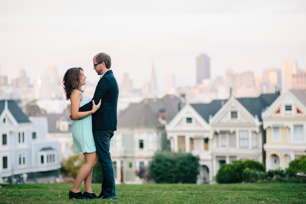 hayes-valley-alamo-square-sf-engagement-photography-lilouette-11.jpg