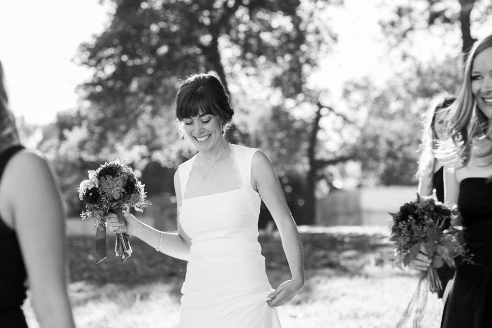 lake-chalet-oakland-wedding-lilouette-20.jpg