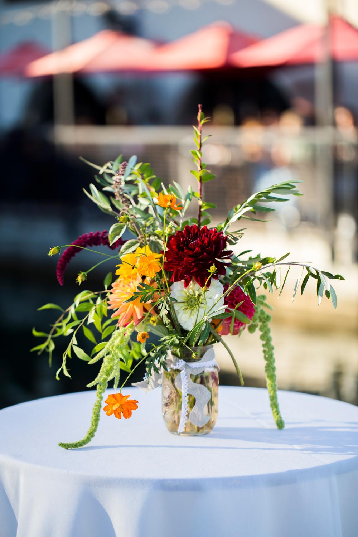 lake-chalet-oakland-wedding-lilouette-31.jpg