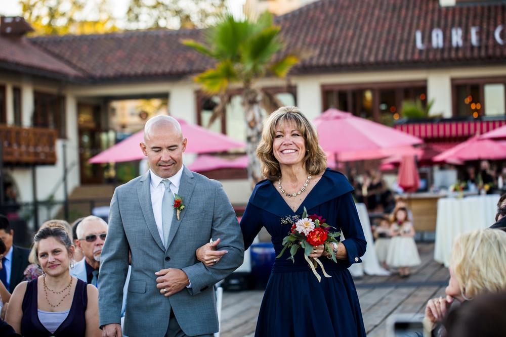 lake-chalet-oakland-wedding-lilouette-38.jpg