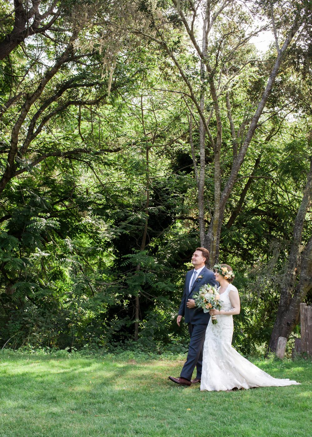 aptos-village-park-wedding-photography-lilouette-37.jpg