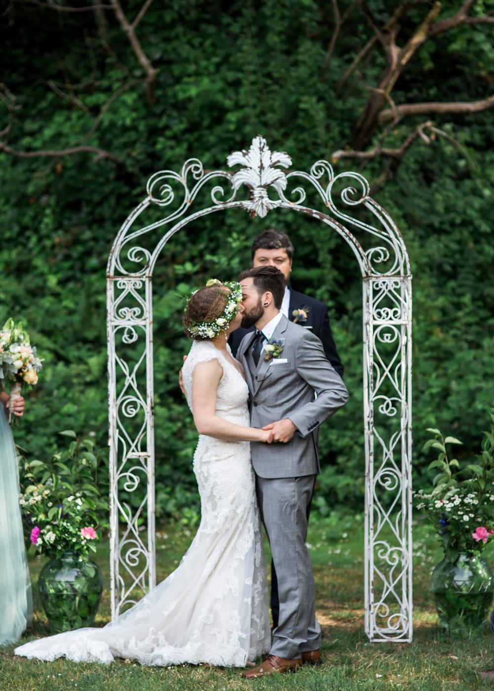 aptos-village-park-wedding-photography-lilouette-48.jpg