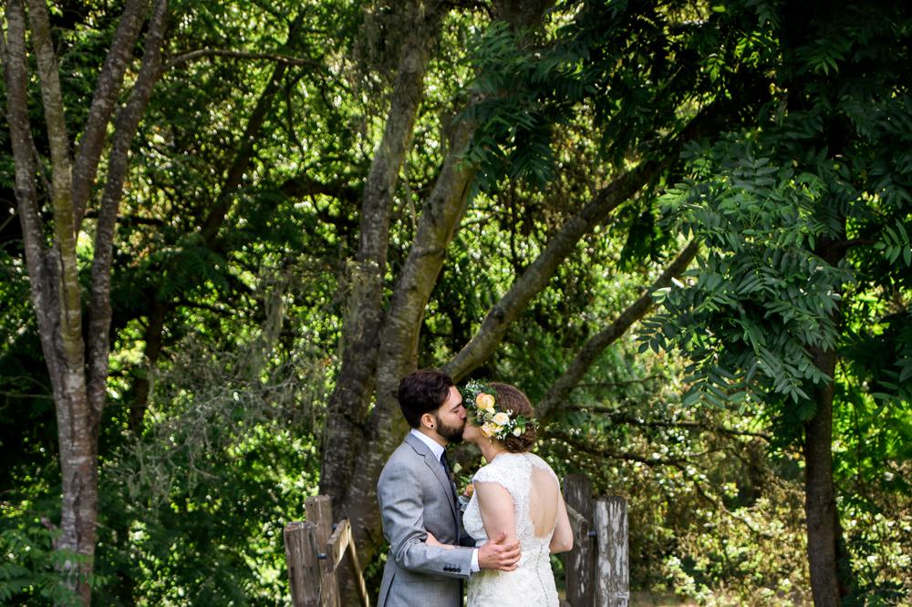 aptos-village-park-wedding-photography-lilouette-53.jpg