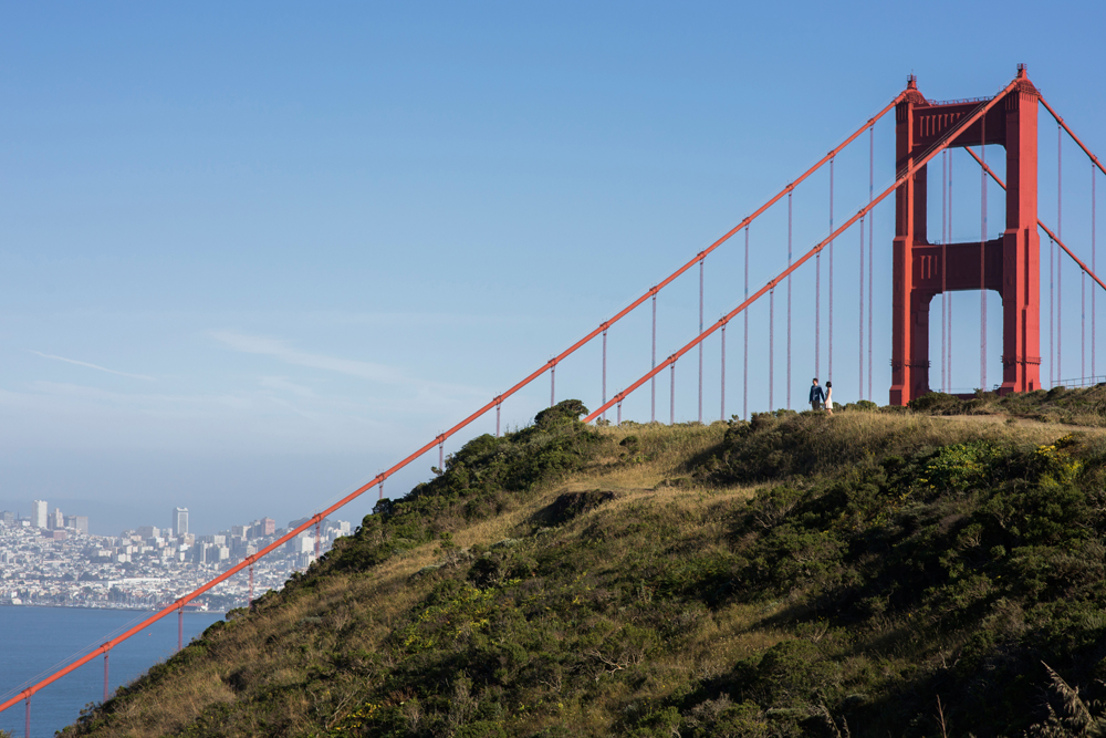 golden-gate-bridge-mount-tam-engagement-photography-lilouette-02.jpg