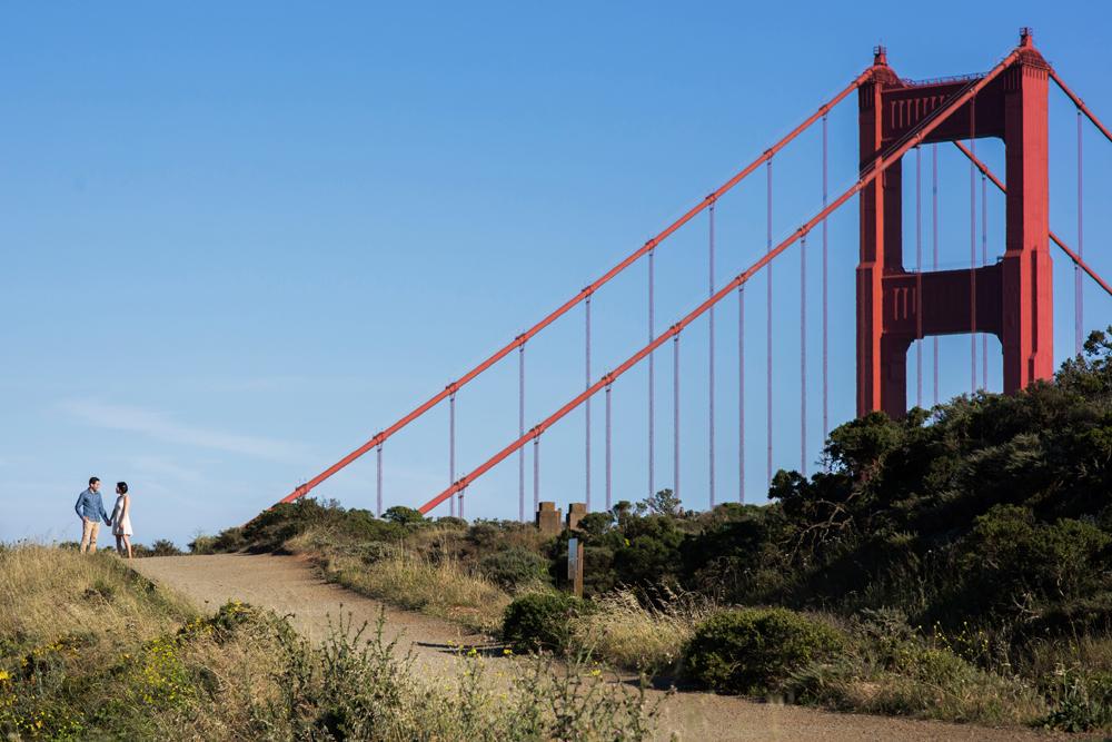 golden-gate-bridge-mount-tam-engagement-photography-lilouette-03.jpg