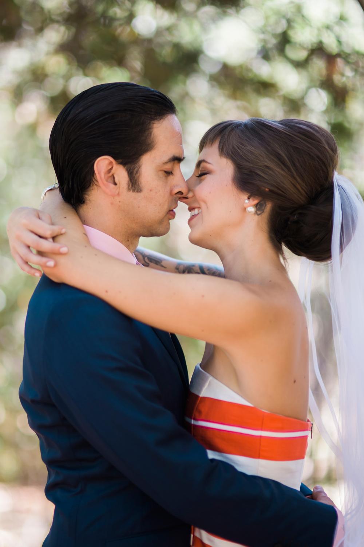 backyard-novato-wedding-photography-lilouette-30.jpg