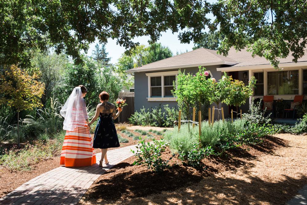backyard-novato-wedding-photography-lilouette-33.jpg