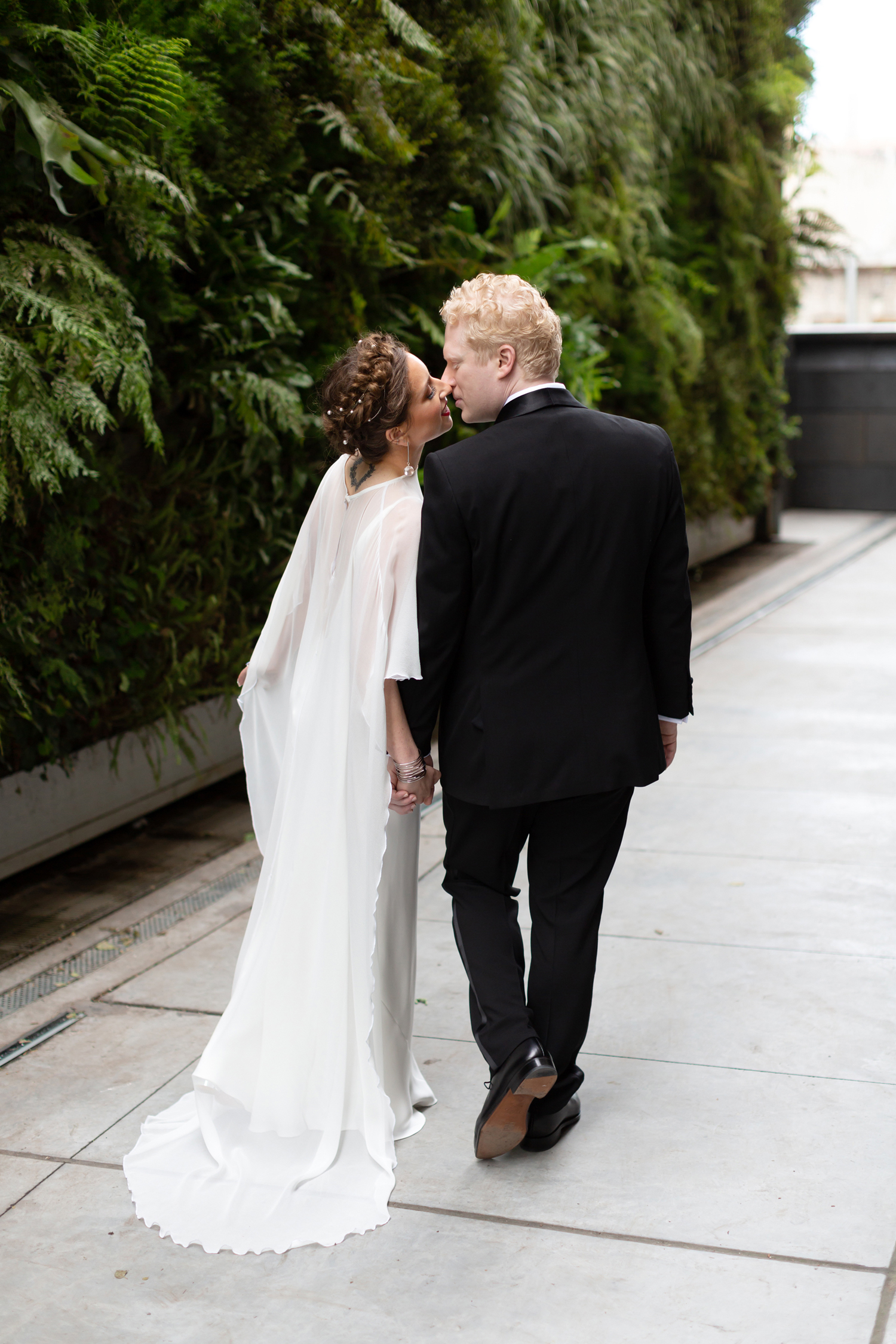 sfmoma-wedding-photography-preview-lilouette-02.jpg