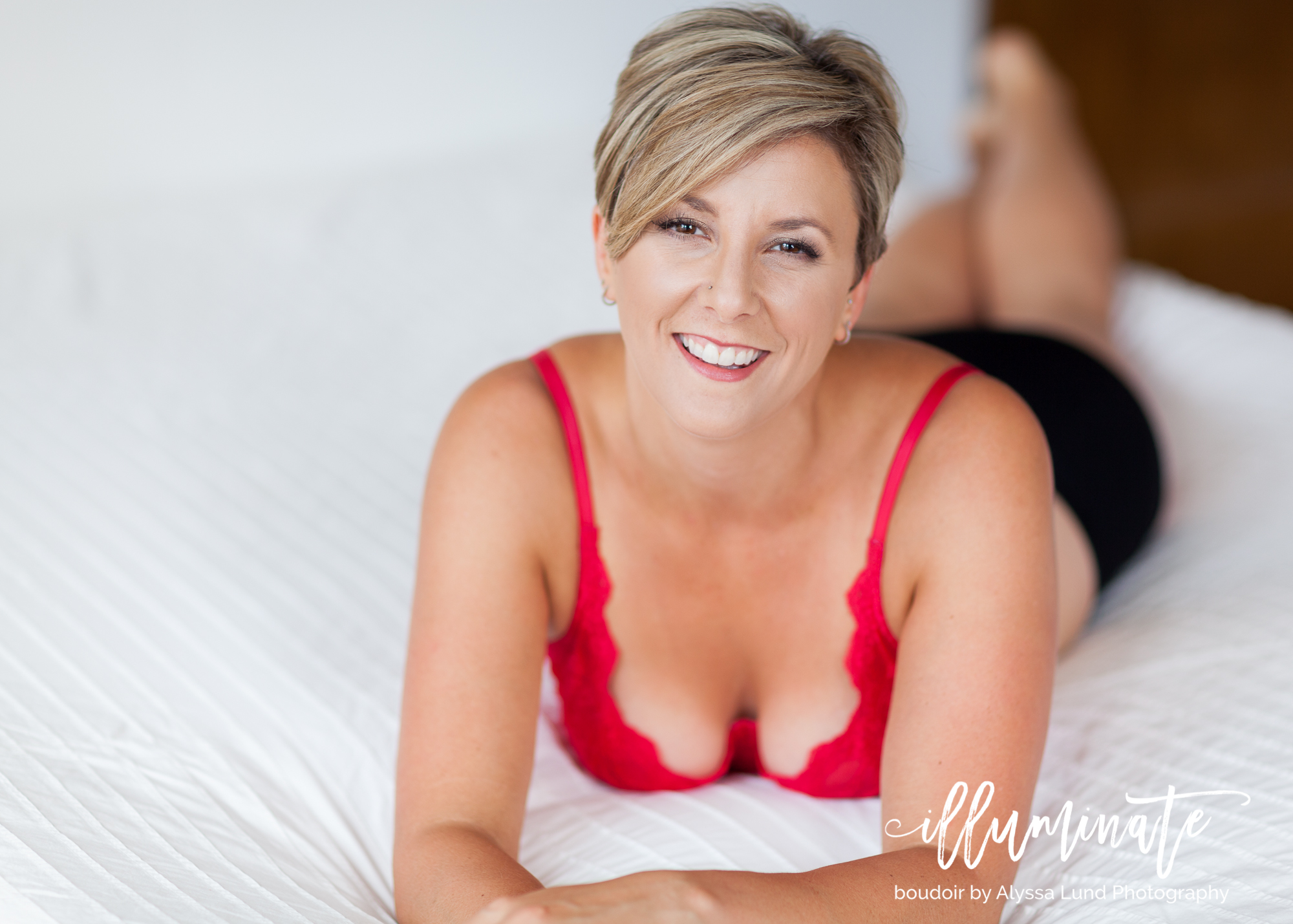 light-and-airy-Minneapolis-boudoir-photography