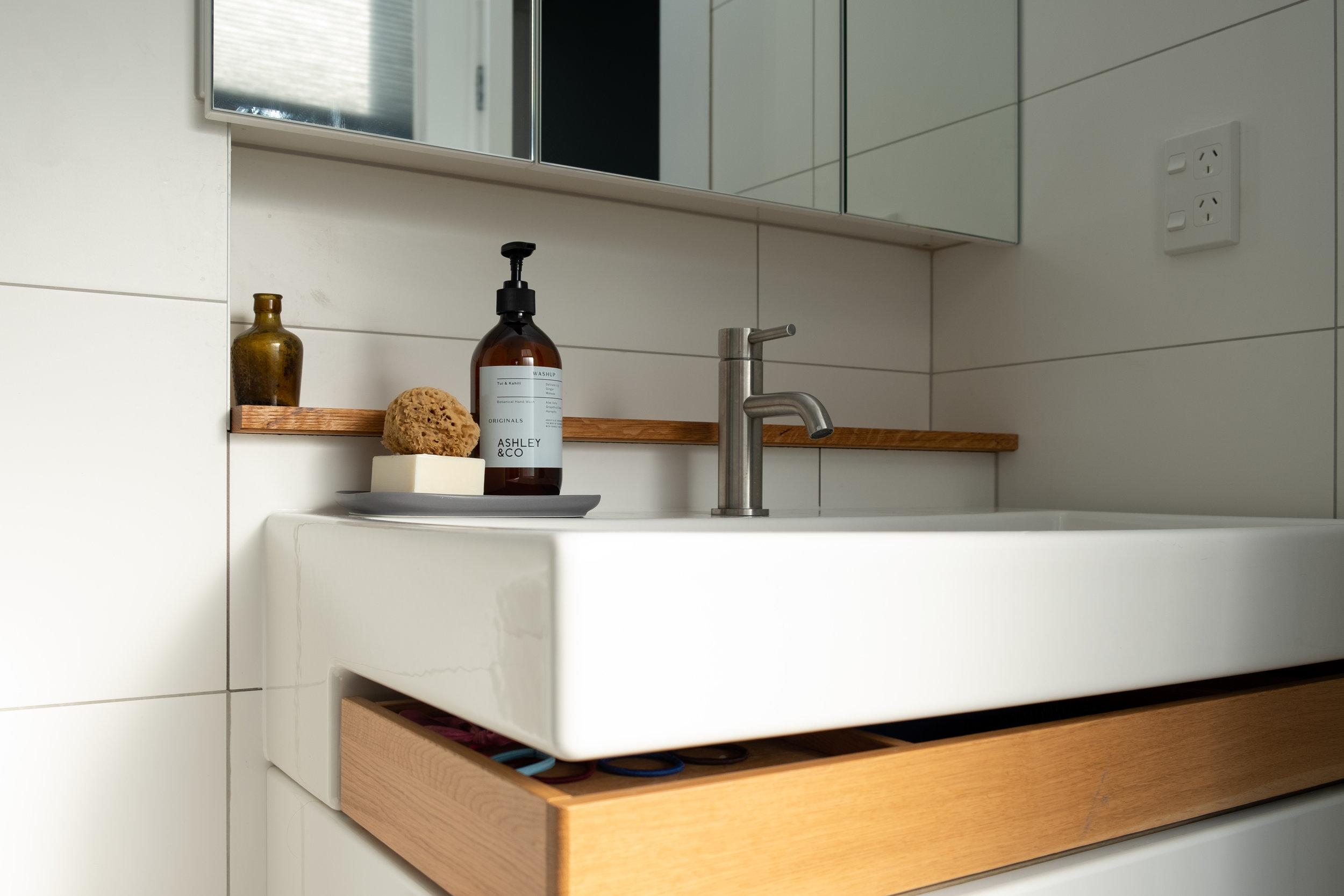 Kirsten Ford Design-Grand Old Lady-Bathroom-1