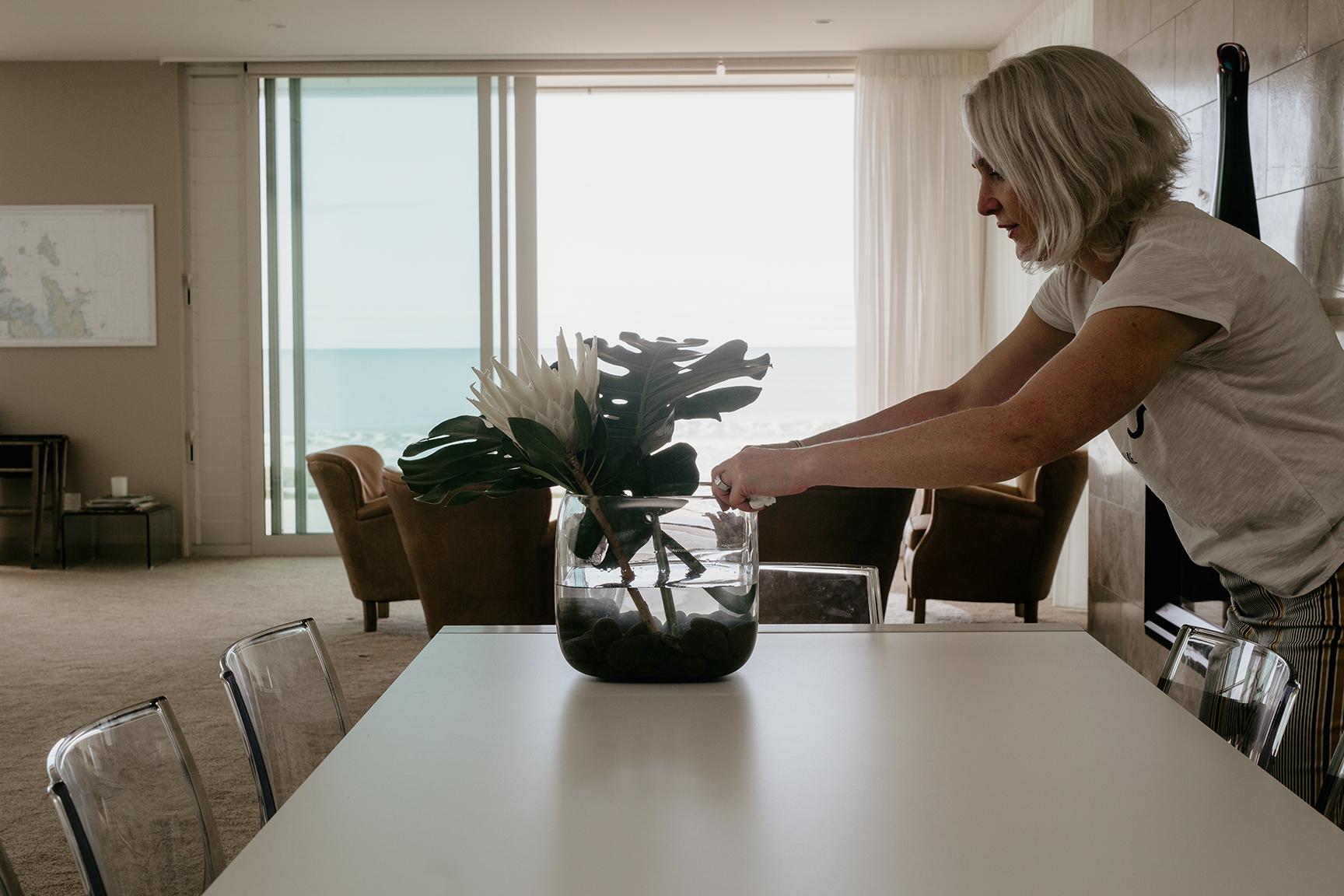 Kirsten Ford Design-Ocean Edge Apartment-Dining 1.jpg