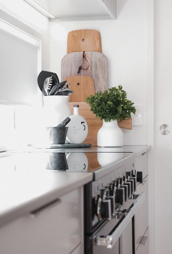 Dining:Kitchen 6.jpg