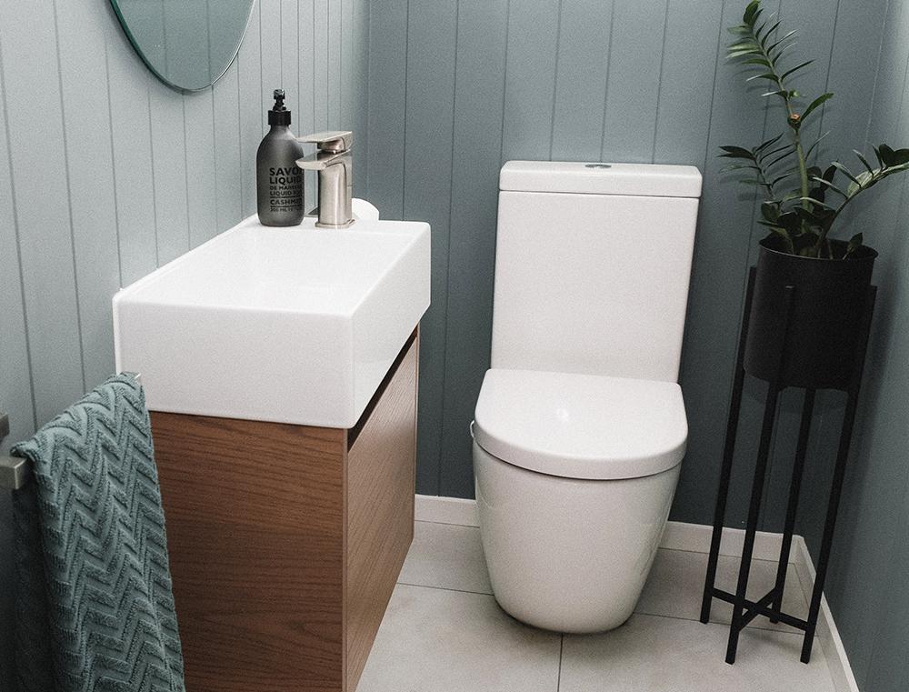 N Bathroom 1.jpg