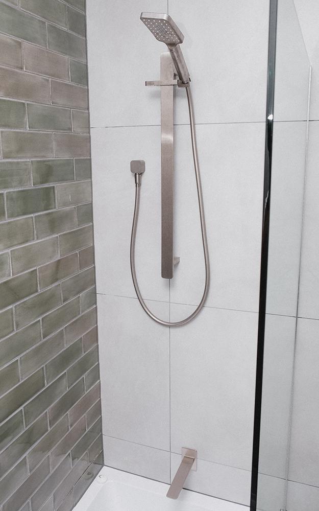 N Bathroom 4.jpg