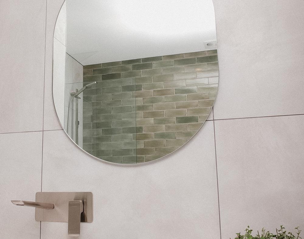 N Bathroom 5.jpg