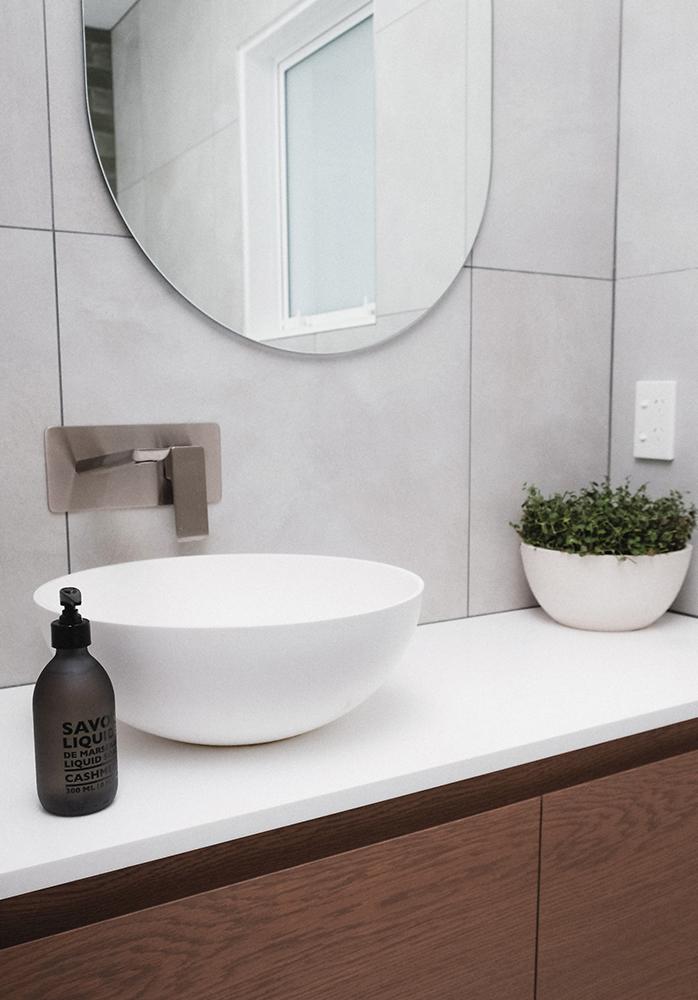 N Bathroom 6.jpg