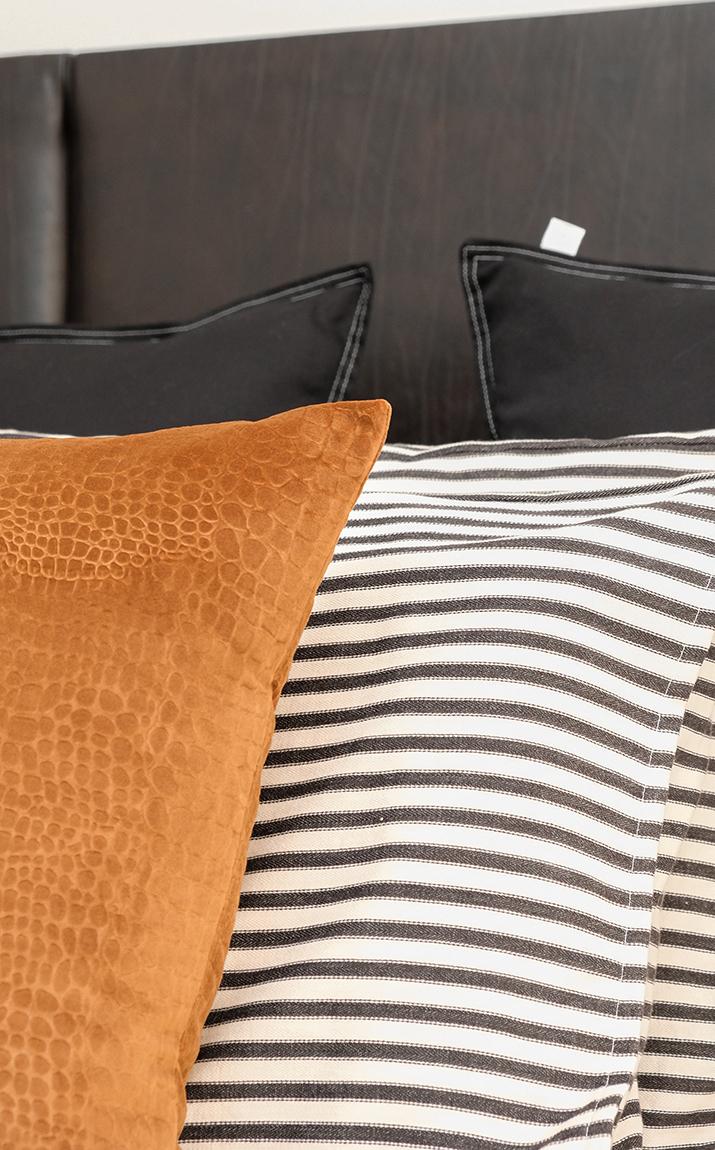 Kirsten Ford Design-Heirloom Inspired bedroom 3.jpg