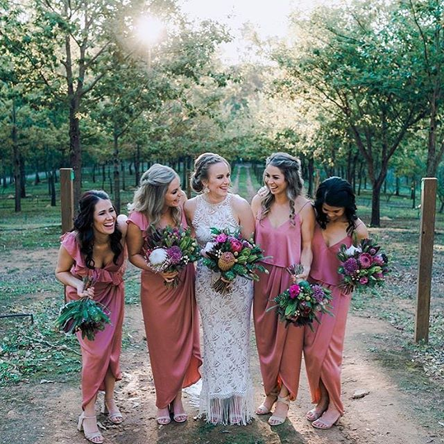 Lisa and her ladies 💕 photo by @gbeckerphotoweddings  #thewildstem #thewildstemweddings