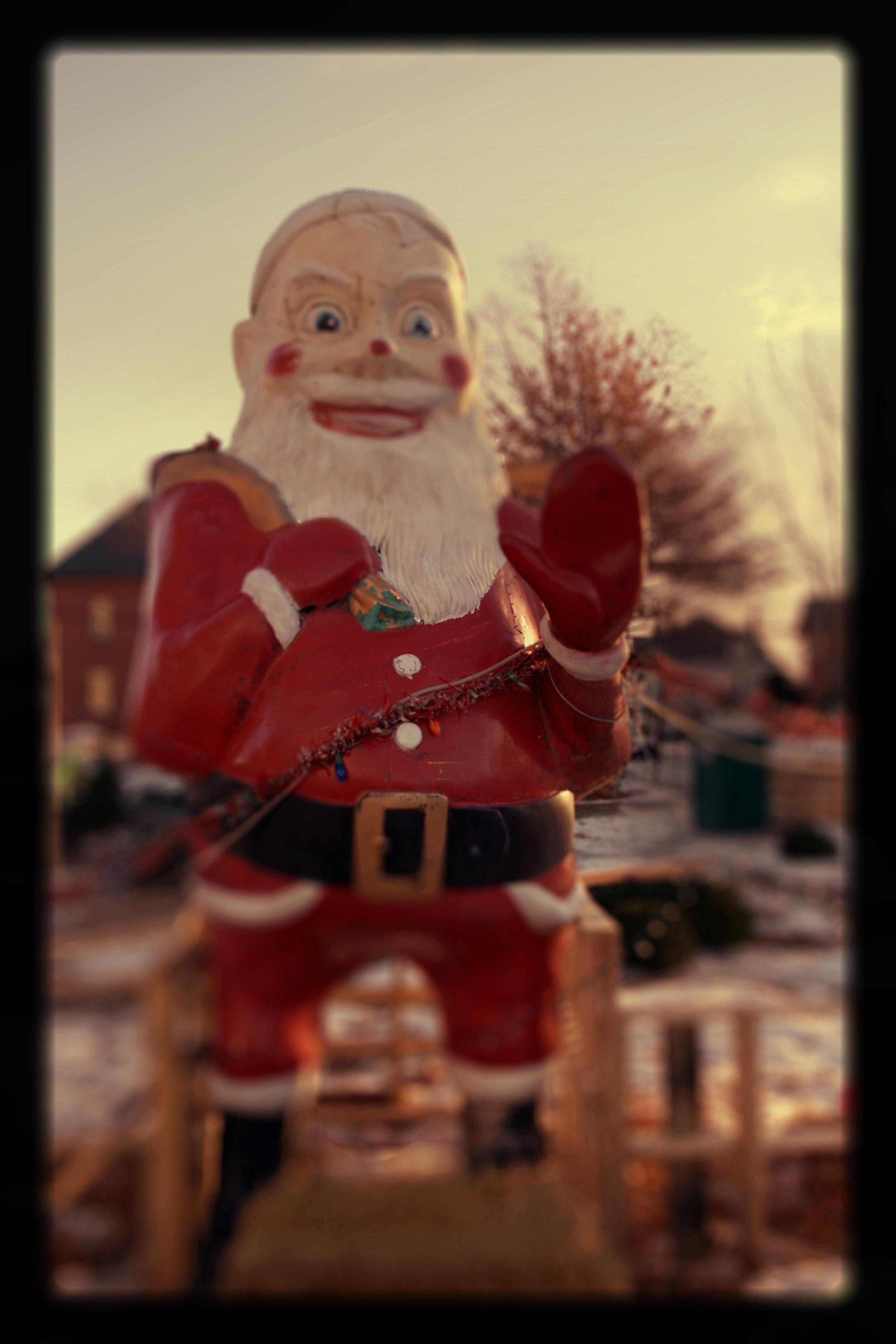 Creepy Santa on Elm Street  Christmas Day 2016